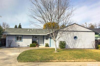 North Highlands Single Family Home For Sale: 3925 Fargo Way
