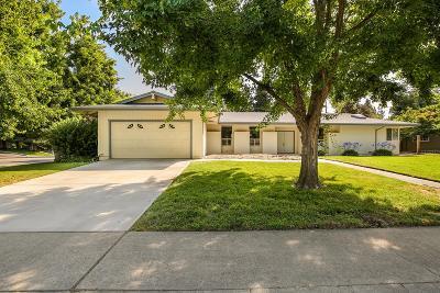 Sierra Oaks Single Family Home For Sale: 140 Mering Court
