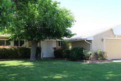 Sacramento County Single Family Home For Sale: 7548 South Parkway