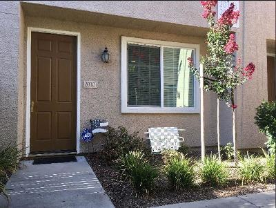 Elk Grove Condo For Sale: 7515 Sheldon Road