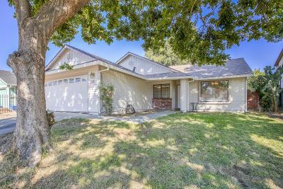 Sacramento Single Family Home For Sale: 5 Gertz Court