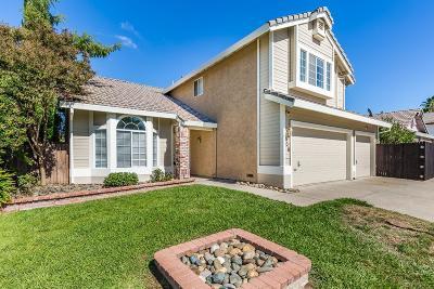 Roseville Single Family Home For Sale: 606 Vernon Oaks Drive