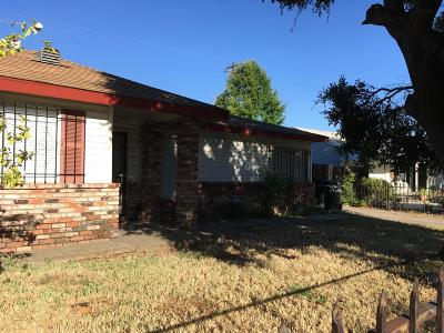 Sacramento Single Family Home For Sale: 5605 59th St