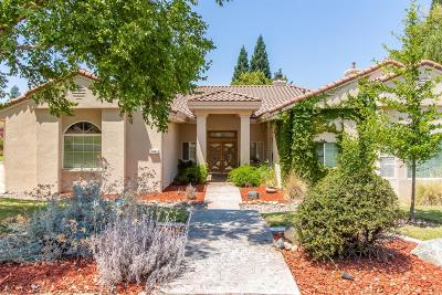 Rancho Murieta Single Family Home For Sale: 14930 Venado