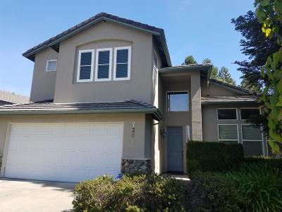 Sacramento Single Family Home For Sale: 7267 Gloria Drive