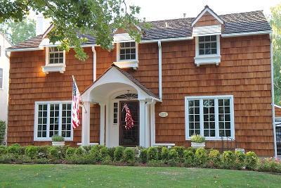 Sacramento Single Family Home For Sale: 1101 11th Avenue