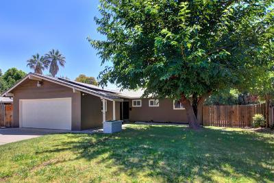 Rancho Cordova Single Family Home For Sale: 10226 La Presa Way