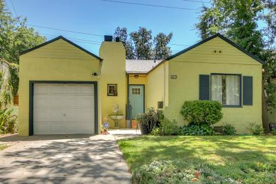 Sacramento Single Family Home For Sale: 2673 Freeport Boulevard