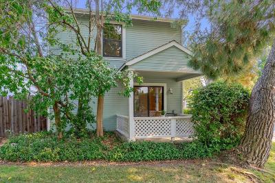 Davis Single Family Home For Sale: 2502 Amapola