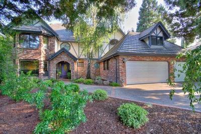 Sacramento Single Family Home For Sale: 7769 Dutra Bend Drive