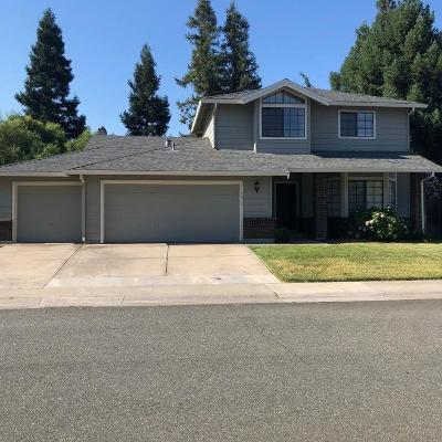Elk Grove Single Family Home For Sale: 9055 Crowley Way