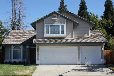 Roseville Single Family Home For Sale: 630 Vernon Oaks Drive