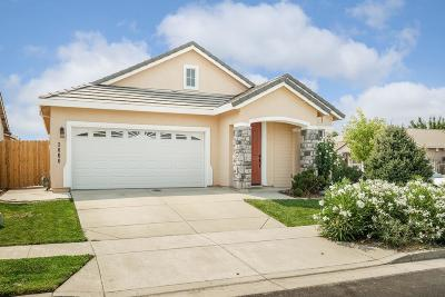 West Sacramento Single Family Home For Sale: 3060 Lanai Court