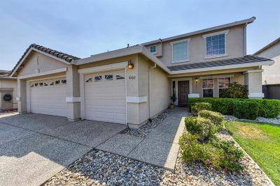 Elk Grove Single Family Home For Sale: 9740 Sand Hollow Way