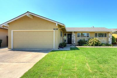 Tracy Single Family Home For Sale: 308 Derecho