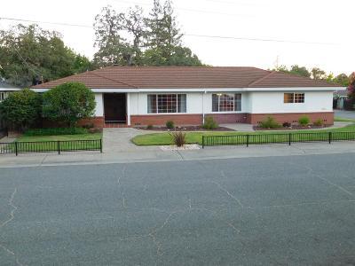 Sacramento County Single Family Home For Sale: 4411 Las Encinitas Drive