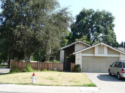 Single Family Home For Sale: 500 Cool Wind Way
