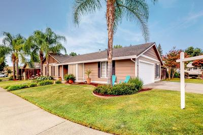 Orangevale Single Family Home For Sale: 7035 Drywood Way