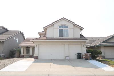 Elk Grove Single Family Home For Sale: 8541 Spring Azure Way