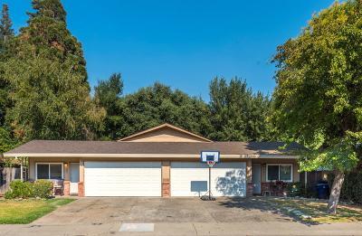 Sacramento Single Family Home For Sale: 981 Johnfer Way #983
