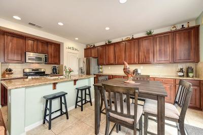 Roseville Single Family Home For Sale: 1488 Snapdragon Lane