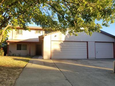 Sacramento CA Single Family Home For Sale: $359,000
