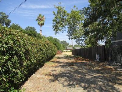 Sacramento Residential Lots & Land For Sale: 2752 Oakmont Street
