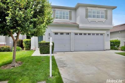 Stockton Single Family Home For Sale: 6651 Brook Falls Cir
