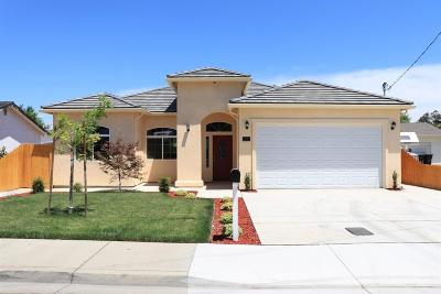 Hughson Single Family Home For Sale: 2106 7th Street