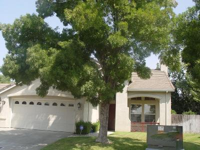 Lodi Single Family Home For Sale: 2515 Creekside Drive