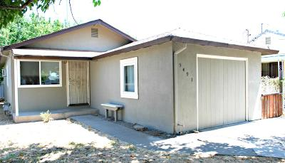 Sacramento Single Family Home For Sale: 5491 28th Street