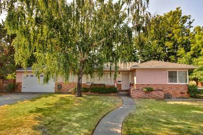 Sacramento Single Family Home For Sale: 6300 2nd Avenue
