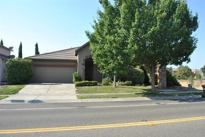 Elk Grove Single Family Home Active Short Sale: 5410 McLean Drive