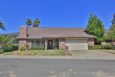 Sacramento County Single Family Home For Sale: 747 Shoreside Drive