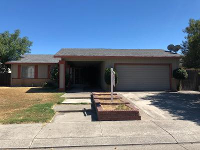 Single Family Home For Sale: 9556 Colington