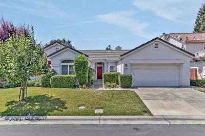 Stockton Single Family Home For Sale: 4142 Pinehurst Circle
