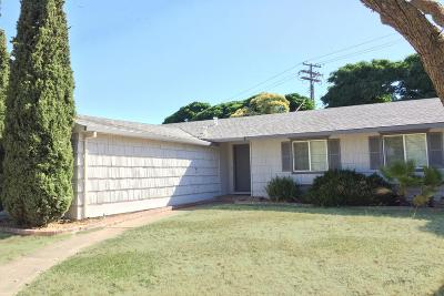 Sacramento County Single Family Home For Sale: 5413 Sky Parkway