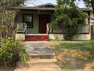 Sacramento Single Family Home For Sale: 4905 13th Avenue