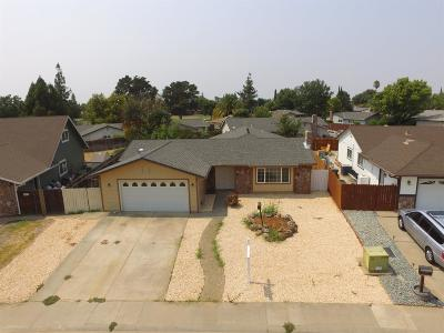 Sacramento Single Family Home For Sale: 3304 Hartselle Way