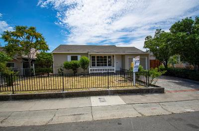 Sacramento Single Family Home For Sale: 1548 38th Avenue