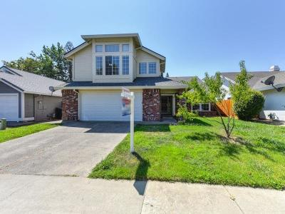 Sacramento Single Family Home For Sale: 9004 Crofton Court