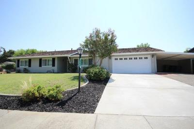 Elk Grove Single Family Home For Sale: 8940 Grovetree Way