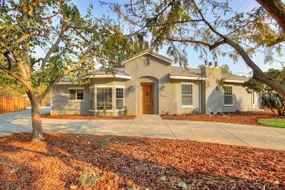 Sacramento Single Family Home For Sale: 1475 Potrero Way