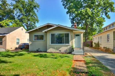 Sacramento County Single Family Home For Sale: 5033 12th Avenue