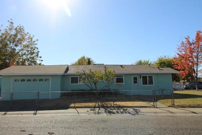 Sacramento County Single Family Home For Sale: 7246 Belcamp Street