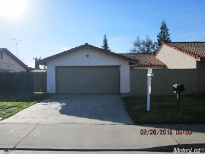 Modesto CA Multi Family Home For Sale: $250,000