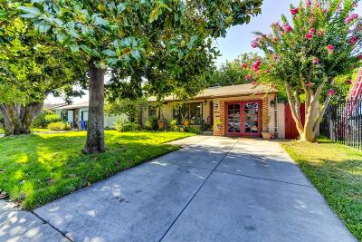 Sacramento Single Family Home For Sale: 2610 Atlas Avenue