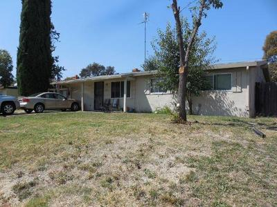 North Highlands Single Family Home For Sale: 5805 Rosario Boulevard