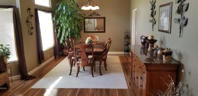 Elk Grove Single Family Home For Sale: 7545 Wynndel Way