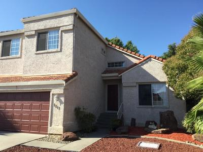 Elk Grove Single Family Home For Sale: 8849 Boreal Way